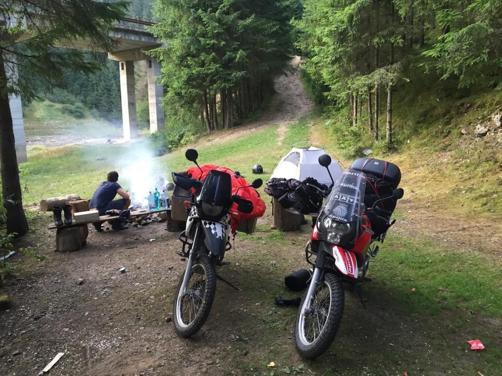 taboreni na motorkach rumunsko