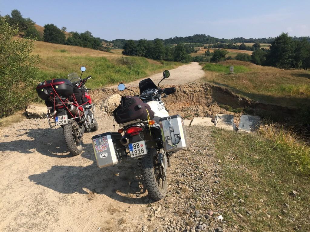 Rumunsko na motorkách enduro