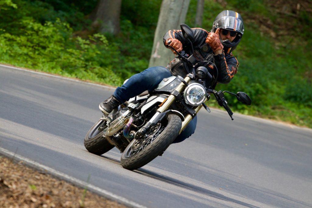 Ducati Scrambler 1100 Special za jízdy